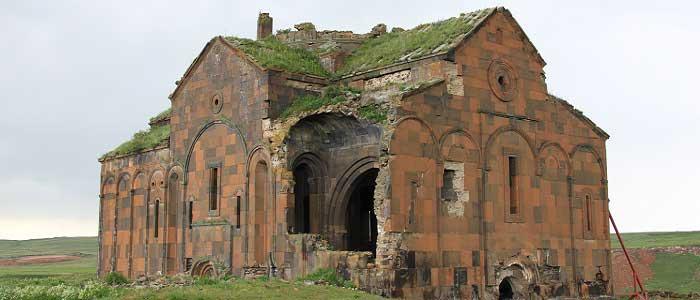 İslamiyet – Hristiyanlık ve Şamanizm Kenti Ani