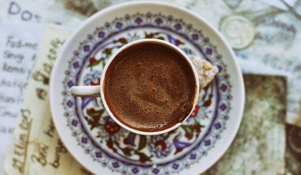 Türk Kahvesi Hakkında Bilgiler; Tarihçesi, Faydaları ve Zararları