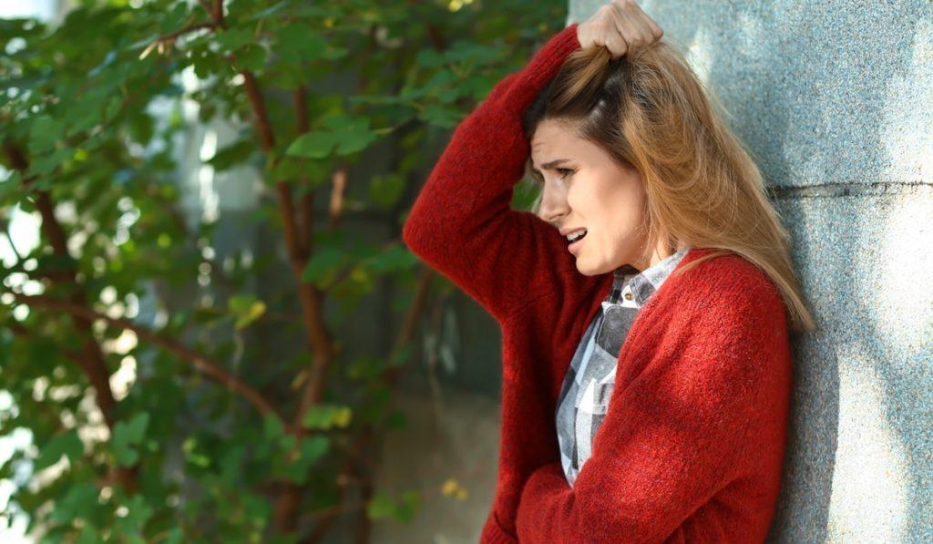 Panik Atak Nedir? Nedenleri, Belirtileri, Korunma Yolları ve Tedavisi Nedir?