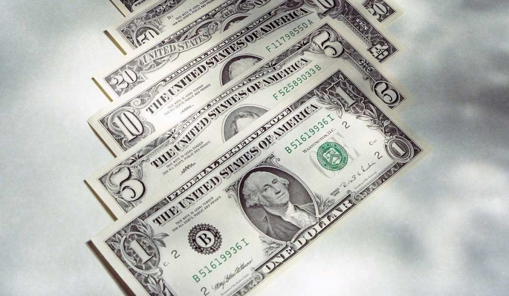 Hangi Piyasa Dolar Yatırımı için Kazançlıdır?