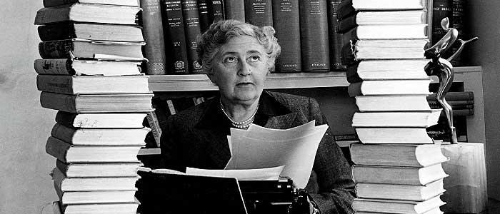 Agatha Christie'nin Hayatı