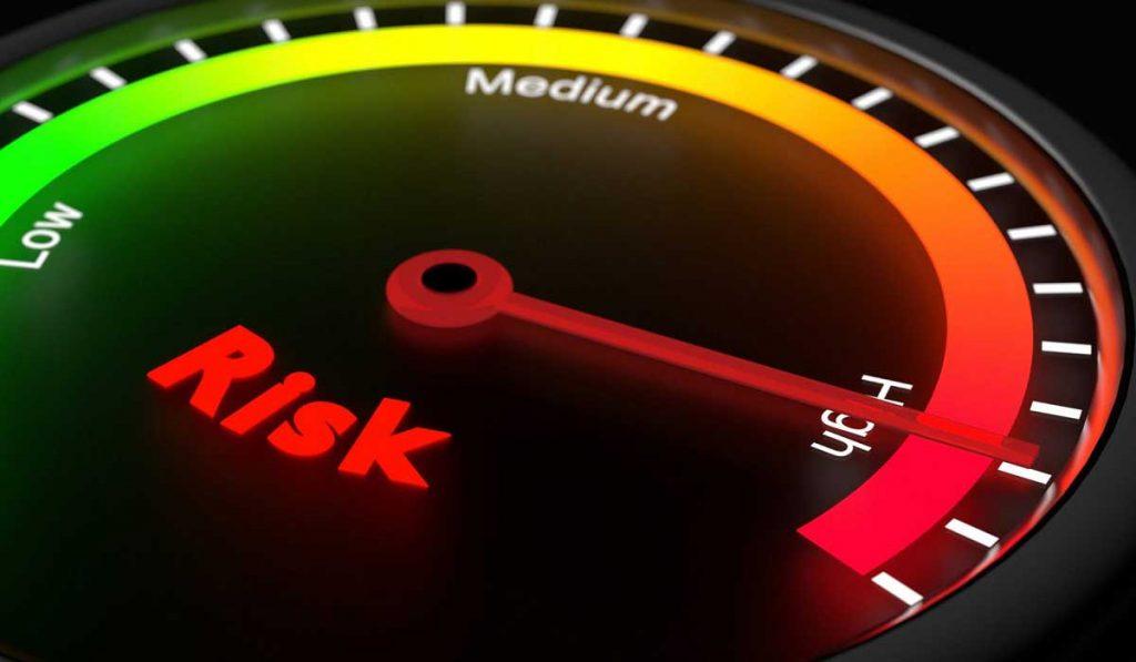 Borsa Piyasası Riskli midir? Risklerden Nasıl Korunabilirim?