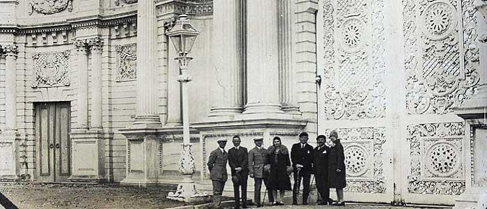 Dolmabahçe Sarayı'nın Tarihçesi