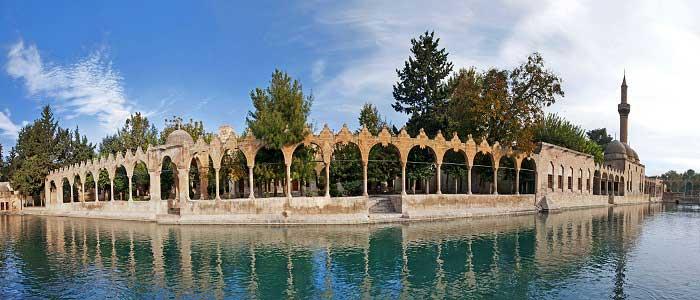 Balıklı Göl'ün Mimarisi