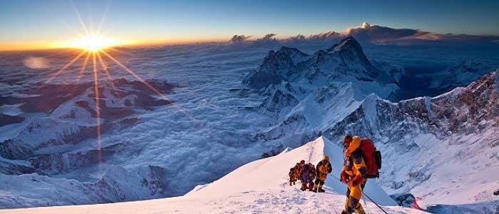 Everest Dağı'nın Turizmi