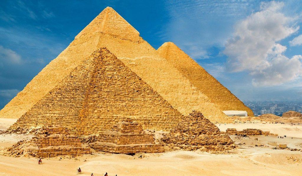 Keops Piramidi Hakkında Bilgiler; Nerededir, Mimarisi ve Tarihçesi