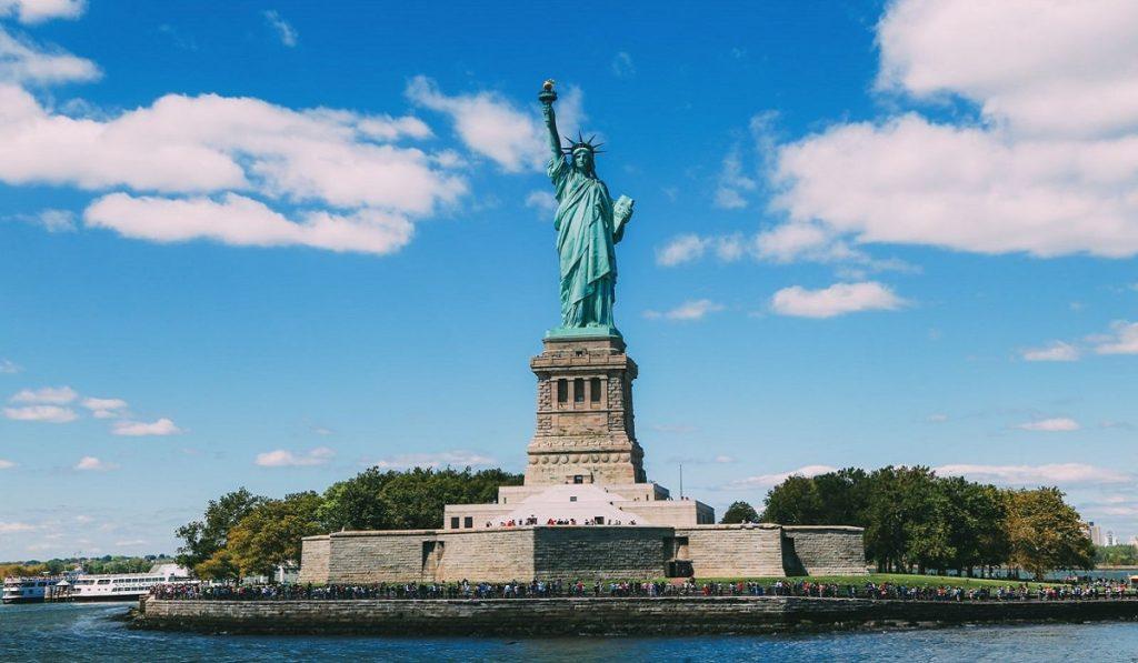 Özgürlük Anıtı (Heykeli) Hakkında Bilgiler; Nerededir, Mimarisi ve Tarihçesi