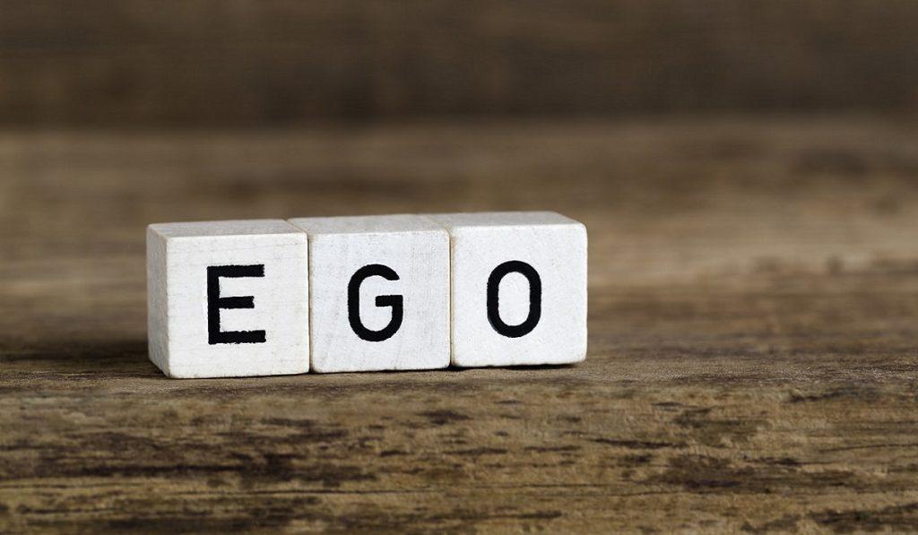 Ego Nedir? Nasıl Anlaşılır? Zararları Nelerdir?