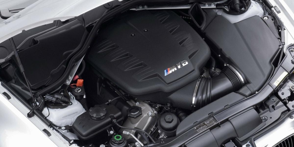 BMW'de M Versiyon Olmayan Model Var mı
