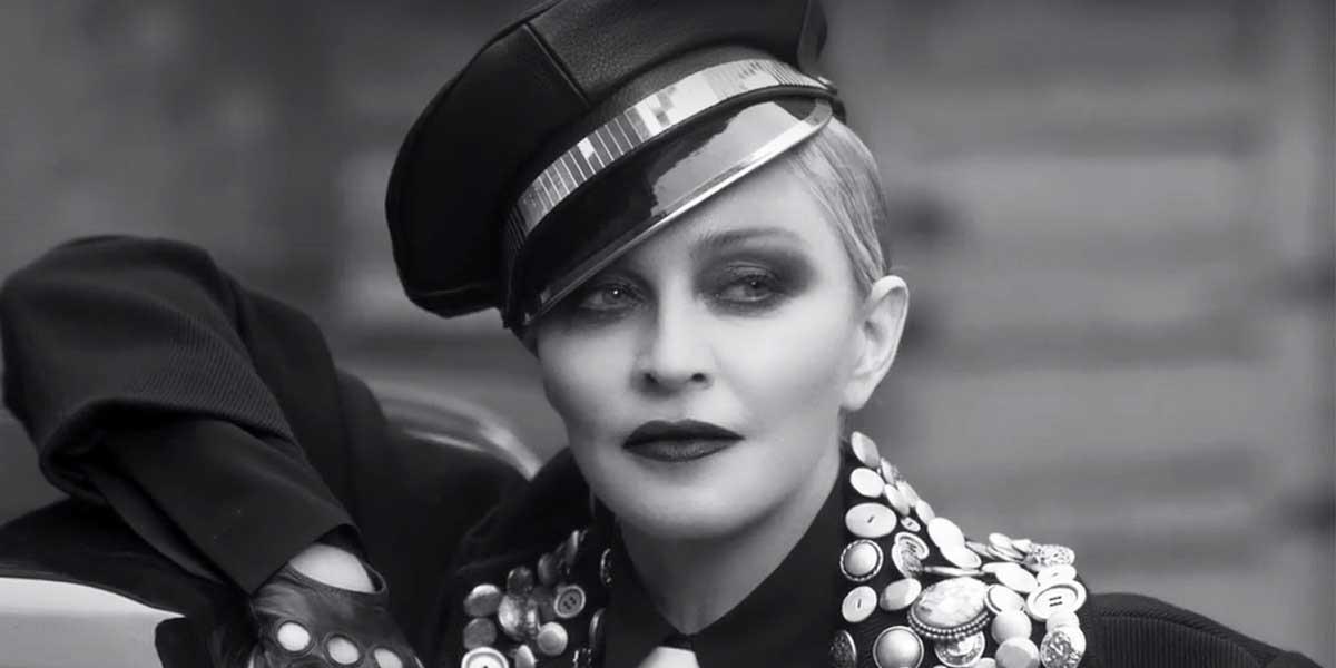 Madonna Kimdir?