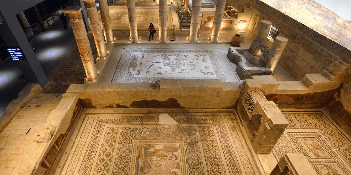 Zeugma'dan Çıkartılan Tarihi Eserler